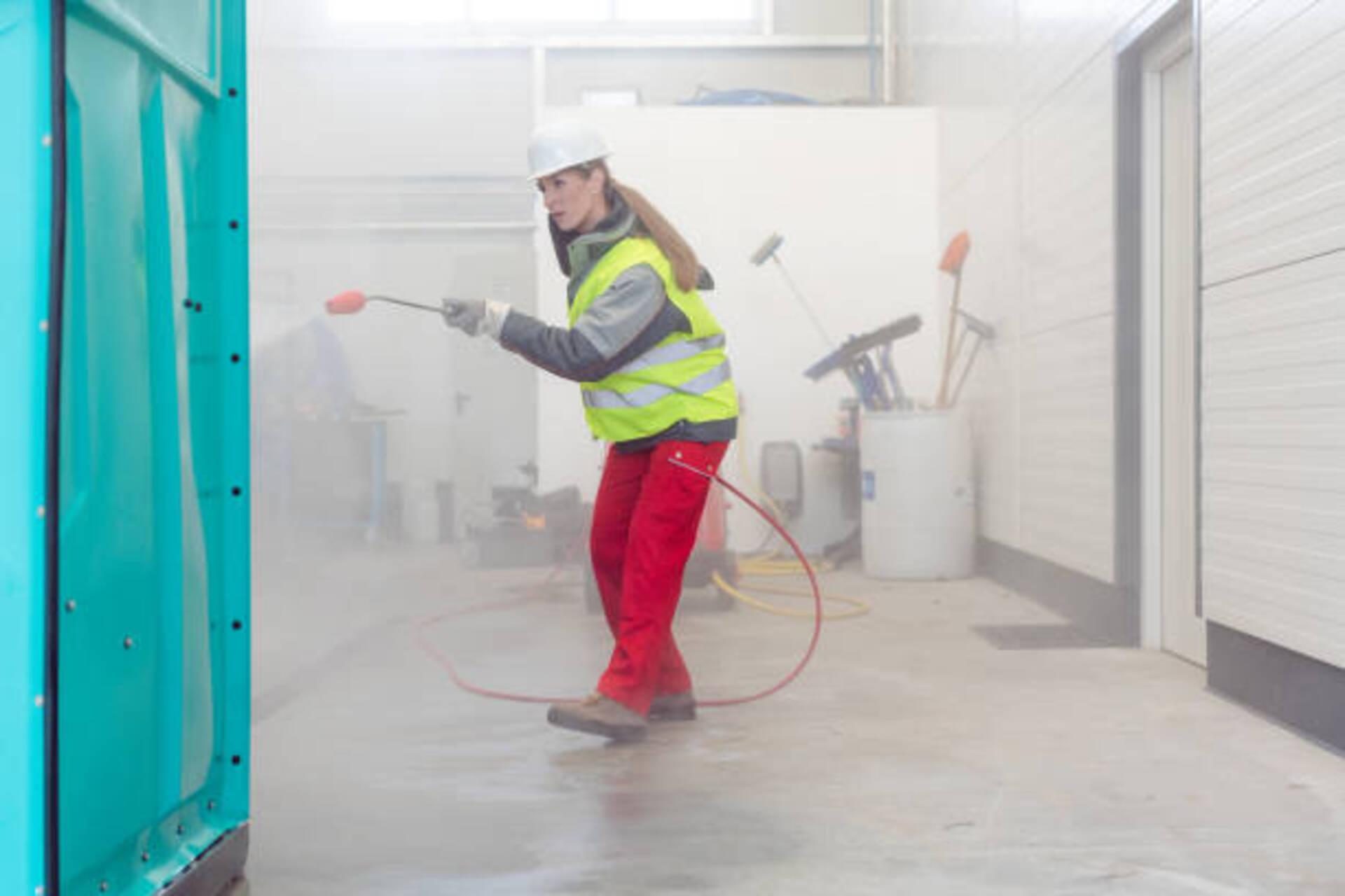 Spray fiber fireproofing